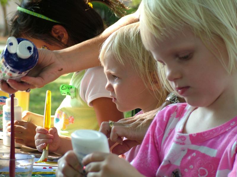 Tour Bus Rental Ideas for Your Michigan Summer: Art Fairs