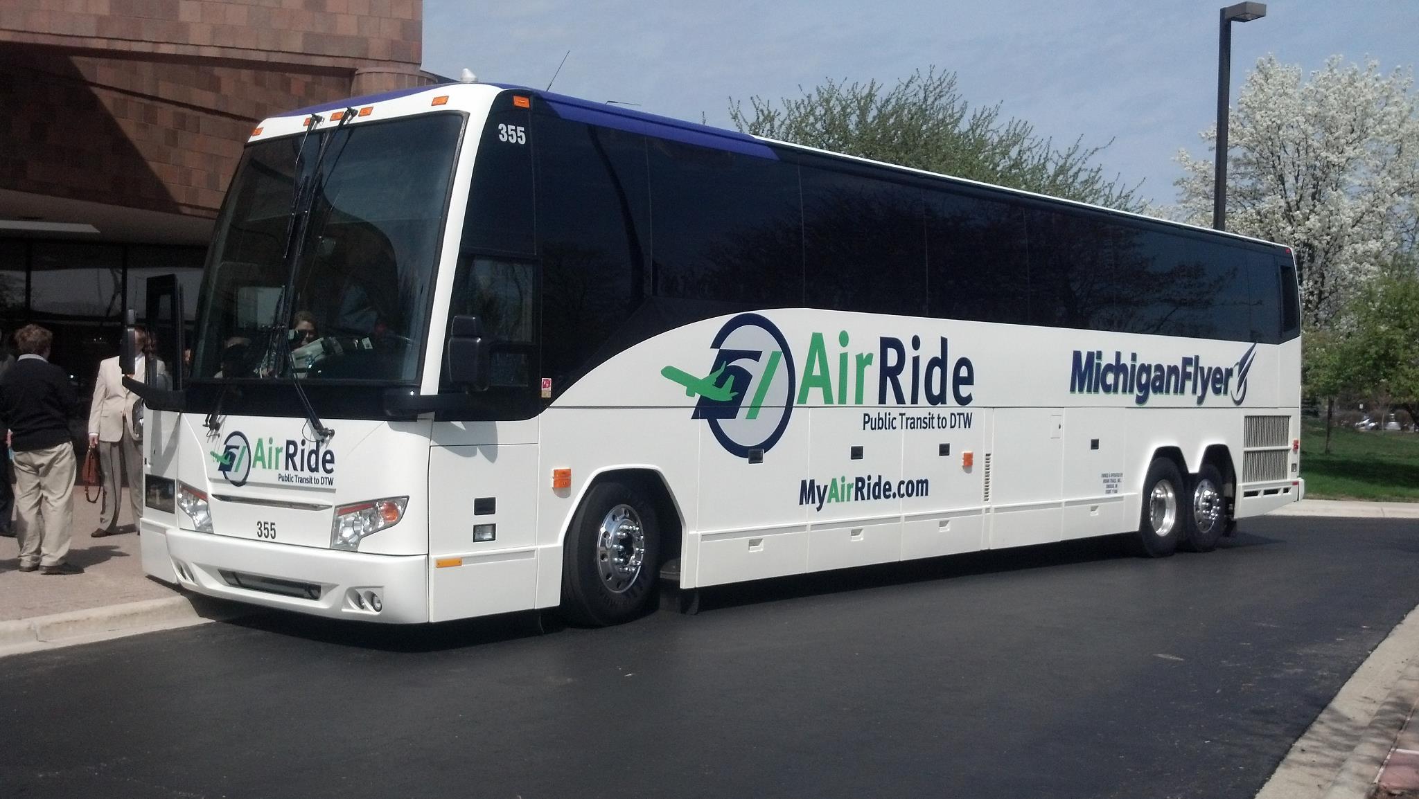 Airport transportation Michigan