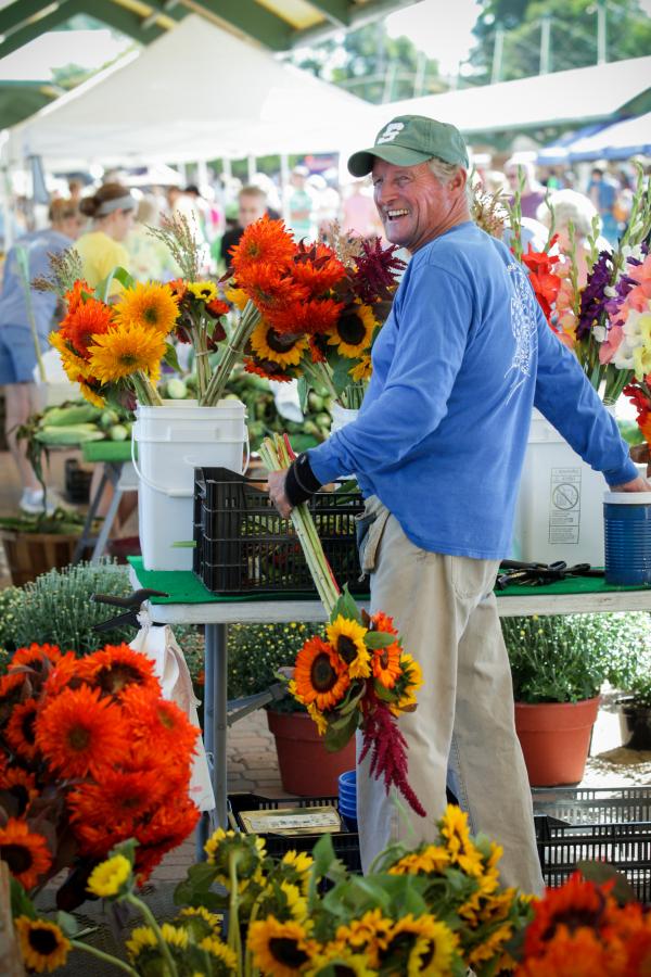 Holland Farmers Market resized 600