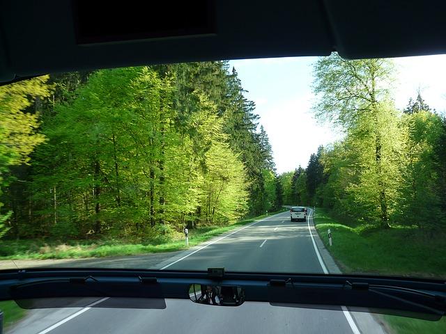Bus_view_thru_windshield.jpg