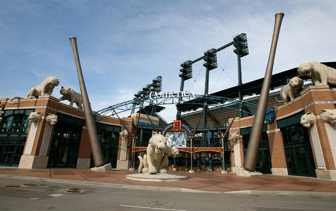 Comerica_Park_North_Gate.jpg