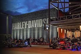 harley_davidson_museum_summer_bus_trips