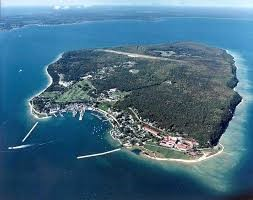 mackinac_island_aerial